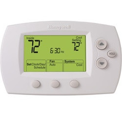 Honeywell - FocusPro Programmable, 2H/2C, Standard Display Thermostat - TH6220D1002